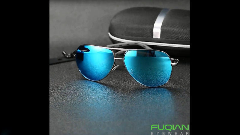 Luxury Metal Pilot Polarized Aviator Sunglasses